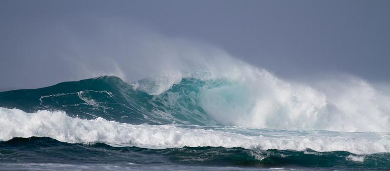 Surf at Ke'e Beach, North Kauai, Hawaii