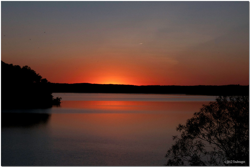 Sept 27 <br /> final burst of light<br /> <br /> Another beautiful sunset from NC!!