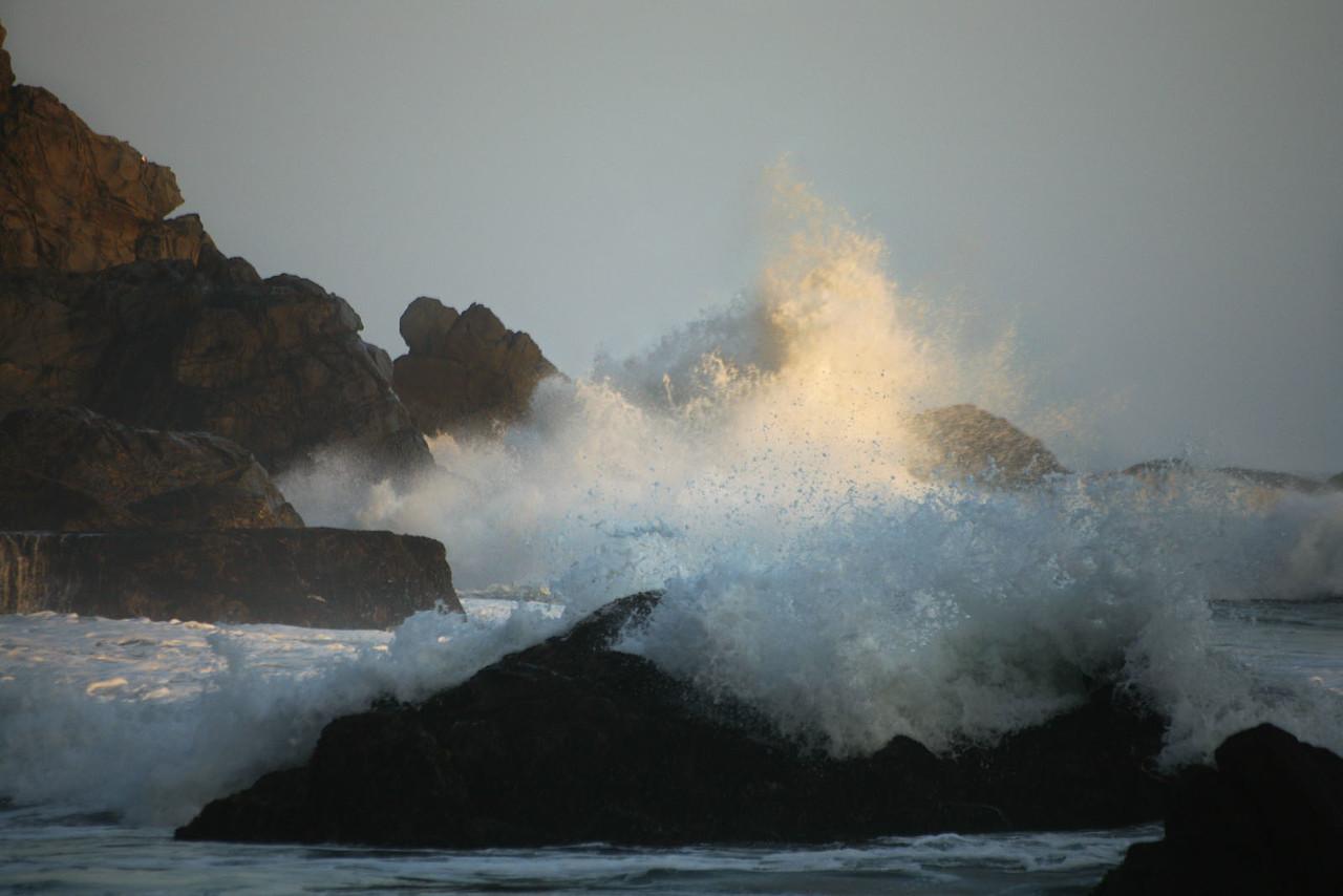 Crashing waves 2, Big Sur, California
