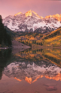 Sunrise at Maroon Bells, Colorado
