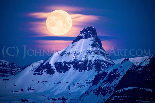 """Mt. Reynolds Moonset"""