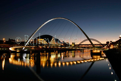 Bridges over the Tyne at night