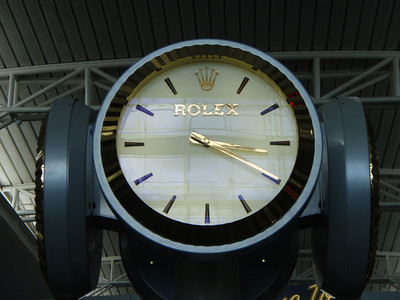 O, Rolex clock in Las Vegas airport