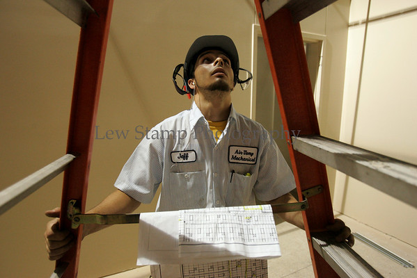 A new charter school, the Romig Road Community School, is under construction with HVAC being installed by Jeff (cq) Mroczka of Air-Temp Mechanical. Thursday, July 19, 2007, in Akron, Ohio.  (Lew Stamp/Akron Beacon Journal) Not for sale