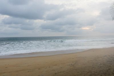 2016_11_14, Golden Beach, Monrovia, Liberia