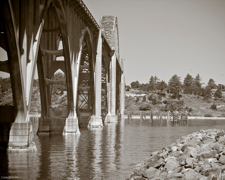 Yaquina_Bay_n_Bridge-91
