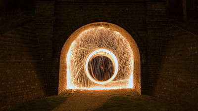 This is the pedestrian tunnel from Ashland to Simpson beneath the Grand Union Canal, and an altogether more enclosed space to attempt a bit of wire wool spinning…!