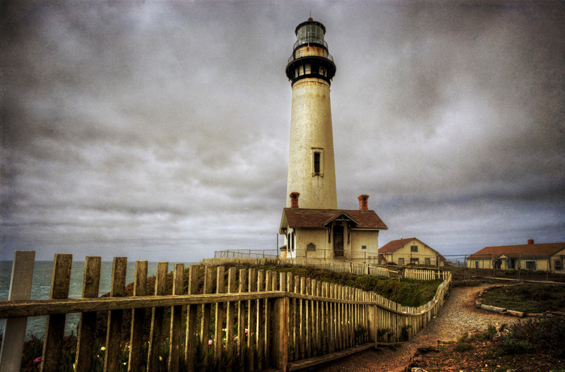Pigeon Point Lighthouse - CA  (L)