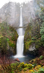 Falls of Multnomah (100 Megapixels)