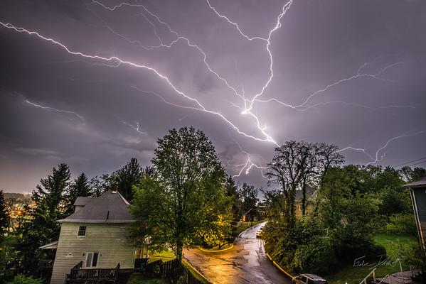Lightning over Morgantown, West Virginia_photos by Gabe DeWitt_May 13, 2014-12