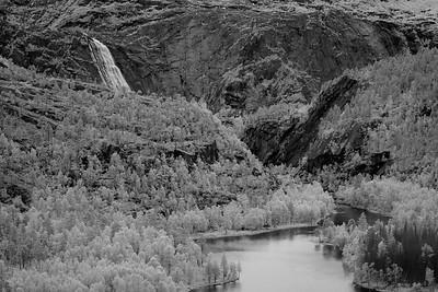 Rago National Park, Norway. A wonderful loop hike including the Litverivassfossen waterfall.