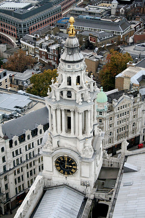 Clock face, St. Paul's Cathedral