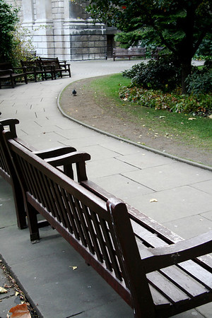 Benches and garden, St. Paul's Cathedral