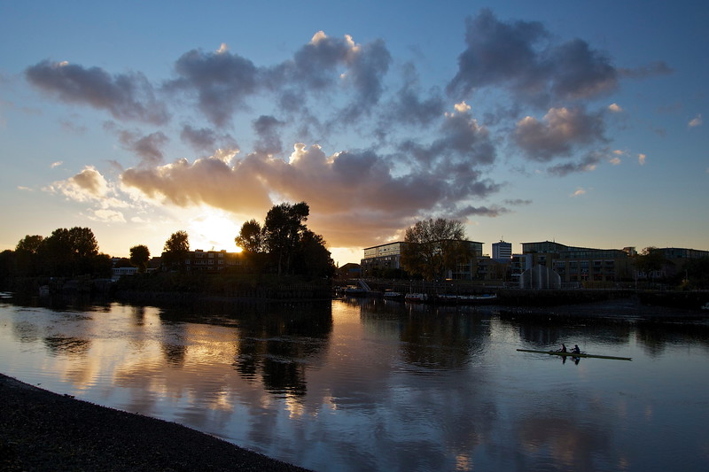 Gliding Into The Night. Sunset over the Thames from the towpath next to Kew Gardens.