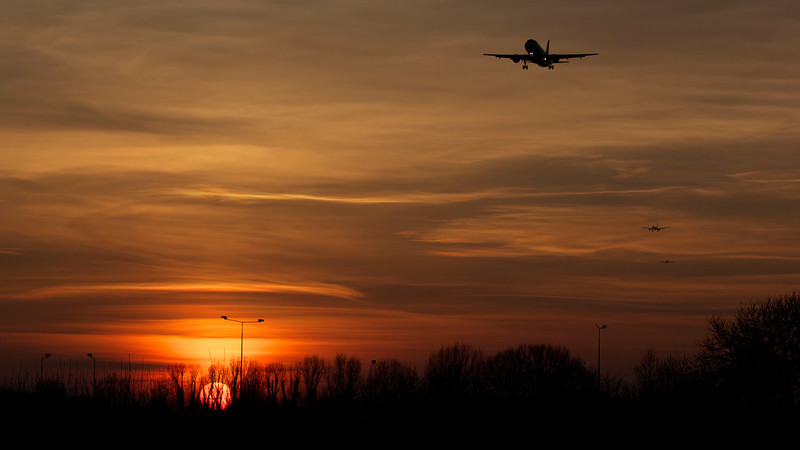 Heathrow Airport Sunset Landing March 2014.