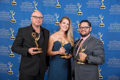 Emmy16-127