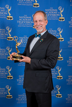 Emmy16-195
