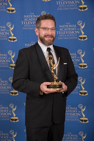 Emmy16-106