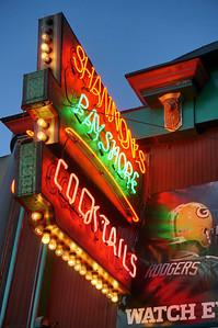 Shannons Bayshore Saloon--Belmont Shore