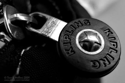 Kipling Zipper #2