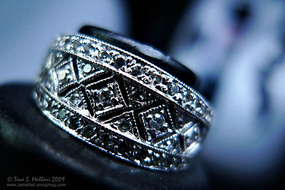 Antique style ring - colored