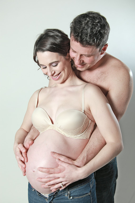 VERONICA + EVAN<br /> <br /> Expecting Baby Colin