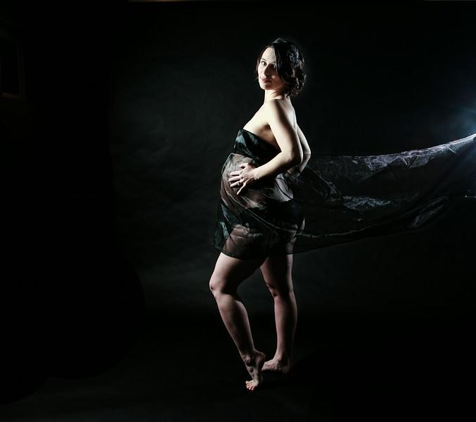 VERONICA + EVAN<br /> <br /> Expecting Baby Colin