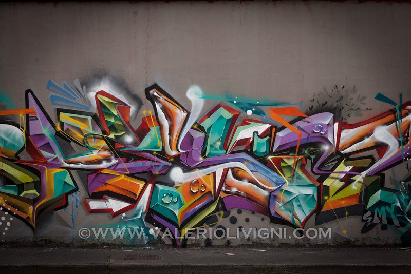 MOS15