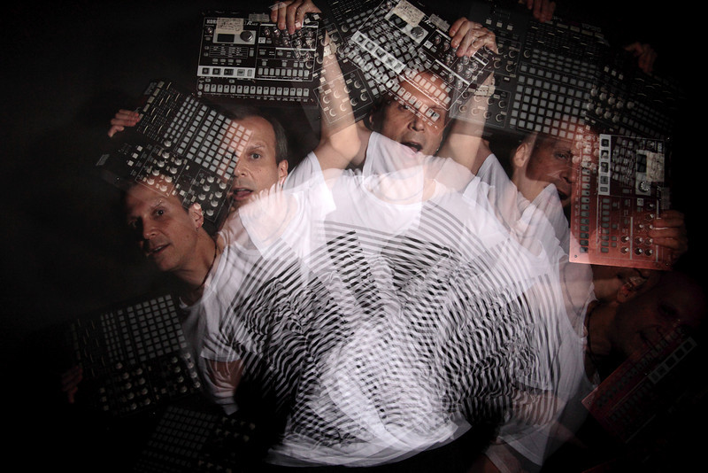 "MOTION MAKER<br /> <br /> Cristián Huepe [labo_labs]<br /> <br /> Physicist | Musician | Researcher | Producer |<br /> Overconceptualizer<br /> <br /> info@labolabs.com |  <a href=""http://www.cristianhuepe.com"">http://www.cristianhuepe.com</a>"