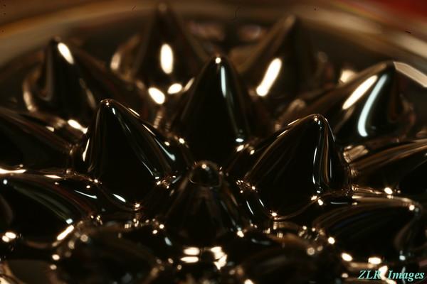 Ferromagnetic fluid, magnet #3