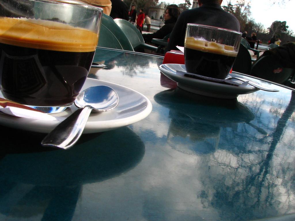 Le Café madrilène<br /> <br /> Ref. 9