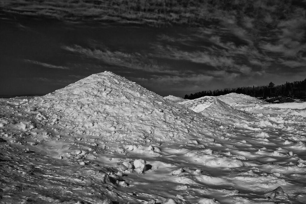 Mountains of ice, Lake Superior