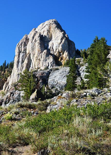 Mammoth Rock at Mammoth Lakes CA 3
