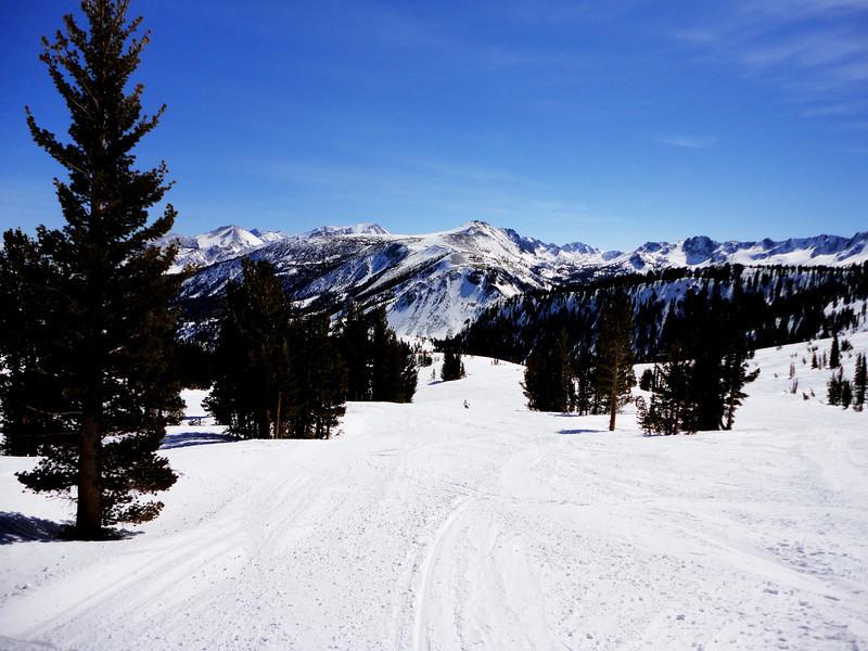Mammoth Lakes Ski Run in California 3