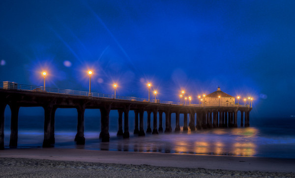 LInda and I decided to get up early during her trip to visit to CA. This is about half an hour before sunrise at Manhattan Beach.