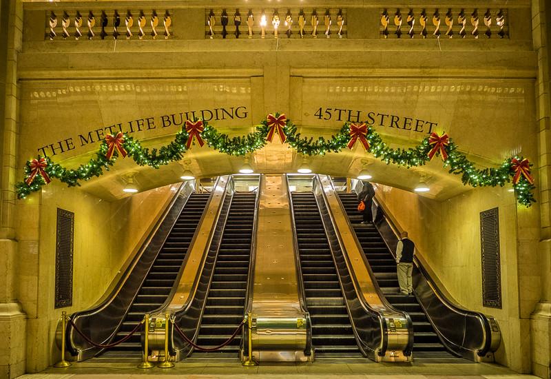 Nelson Charette, Grand Central Christmas, Canvas Print,  20x16,  $97, Nelson@Charette.Me  (859) 630-6889