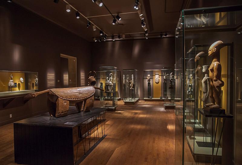 HDR Columbian art showcase