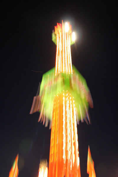 A ride drops, 1/6 second exposure #2507