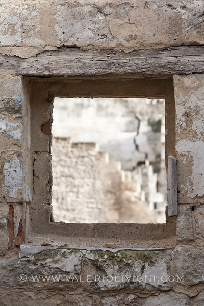 Window in the Sasso Barisano - Matera (IT)