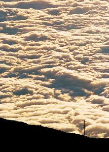 Sea of Clouds Haleakala NP.  Maui, Hawaii. 雲海 哈萊阿卡拉國家公園。毛伊島,夏威夷