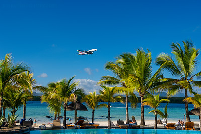 Mauiritius, Shandrani Resort. Airbus A380 taking off from runway 14.