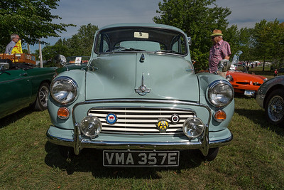 Morris Minor Head On