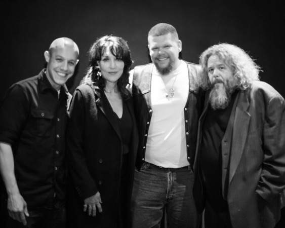 Katey Sagal & SOA Kansas City, MO 04 18 2013