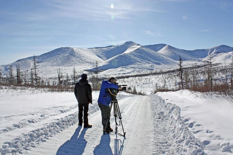 RT Cameraman, Vycheslav Titov, & assistant Anton Melikhov, shooting on the road to Udokan. (Transbaikal, Russia) Дорога на Удокан.