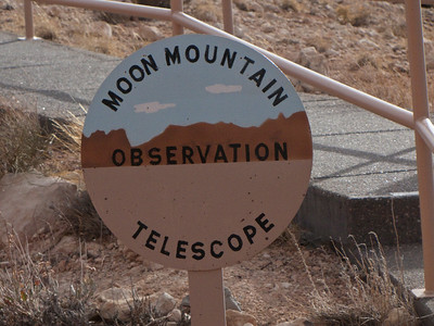 Nobody, North America, USA, Meteor Crater near Winslow, Arizona, Directional Sign to Moon Mountain Telescope