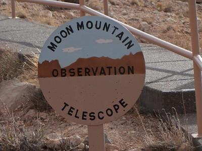Nobody, North America, USA, Meteor Crater near Winslow, Arizona, Directional Sign to Moon Mountain Telescope