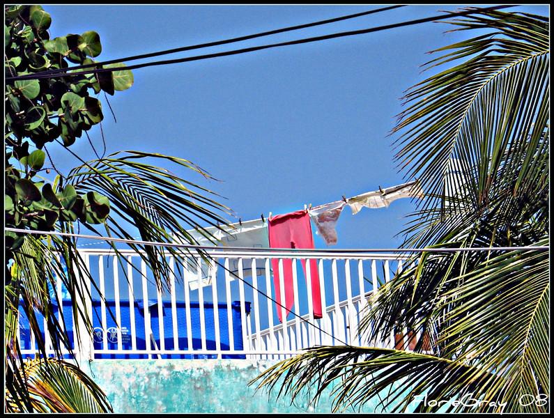 Happy Clothes <br /> Isla Mujeres, Mexico