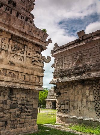 <center><b>Mexico -  Chichen-Itza</b></center>