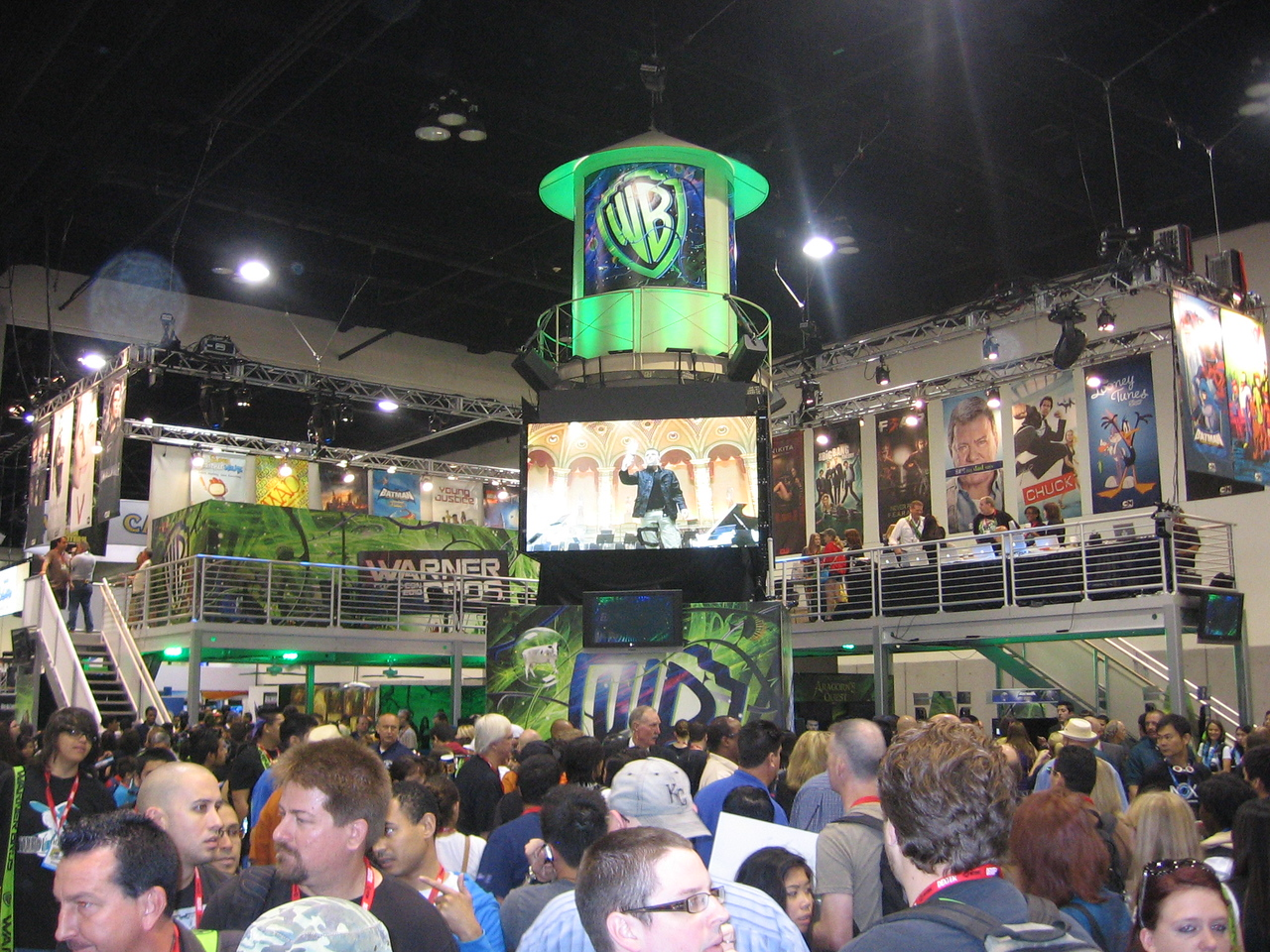 Working for Warner bros...one CRAZY place at Comic Con