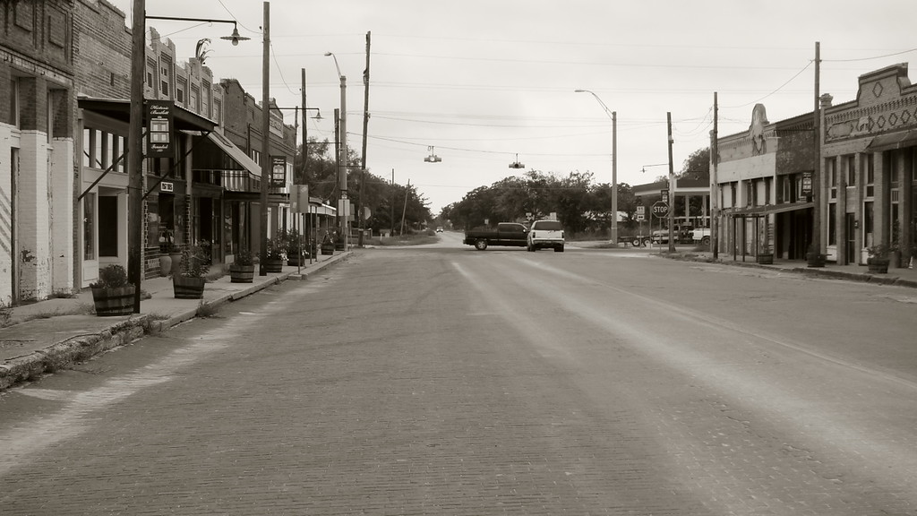 The other end of the Bartlett, TX
